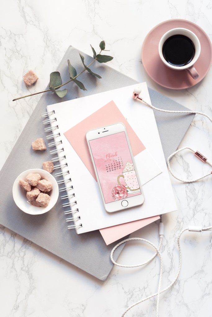cloudberry_design_wallpaper_phone